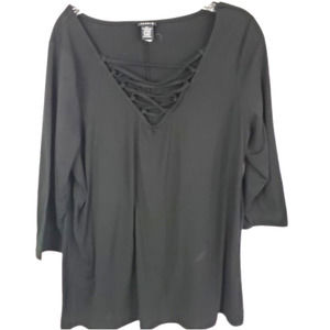 4/$24 Torrid Black Top with V Neck Lace Detail